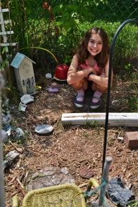 Lucy weeded her garden